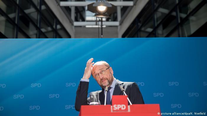 Deutschlad SPD präsentiert Steuerkonzept Martin Schulz