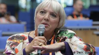Claudia Roth (Vice President, German Parliament, Germany); Session: The significance of identity and diversity in a globalized world