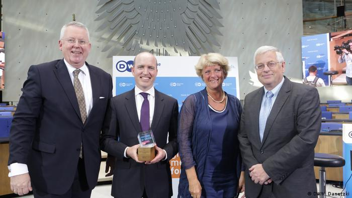 Freedom of Speech Award: Peter Limbourg, Jeff Mason, Monika Grütters and Gregor Mayntz (DW/K. Danetzki)