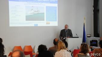 Belgien Brüssel - Konferenz über Thunfischstudie mit Miguel Neves dos Santos