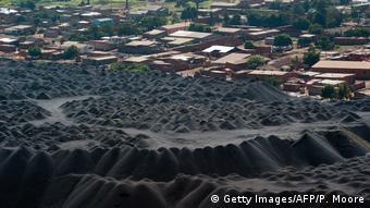 Kongo Schlackehaufen in Lumubashi