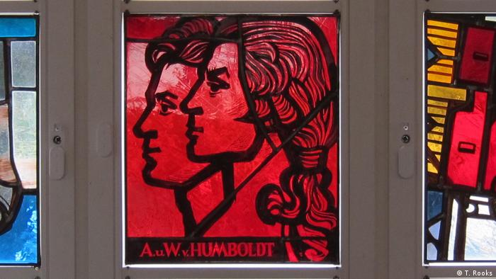 Wilhelm and Alexander von Humboldt - stained glass by Walter Womacka, Humboldt Universtiy (DW/T.Rooks)