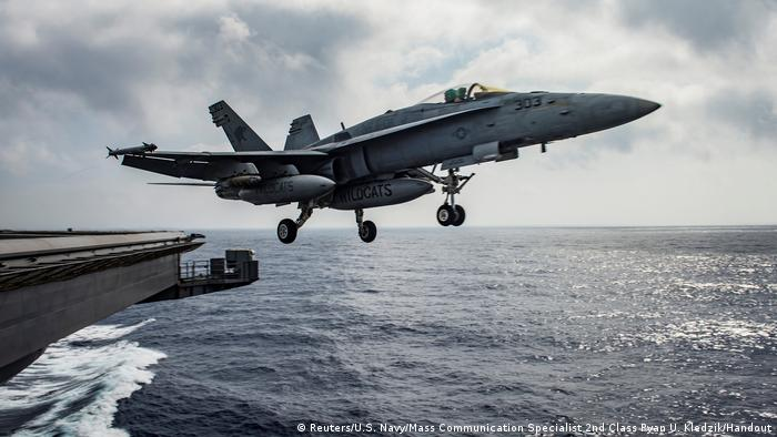 US Luftwaffe - Super Hornet Start (Reuters/U.S. Navy/Mass Communication Specialist 2nd Class Ryan U. Kledzik/Handout)