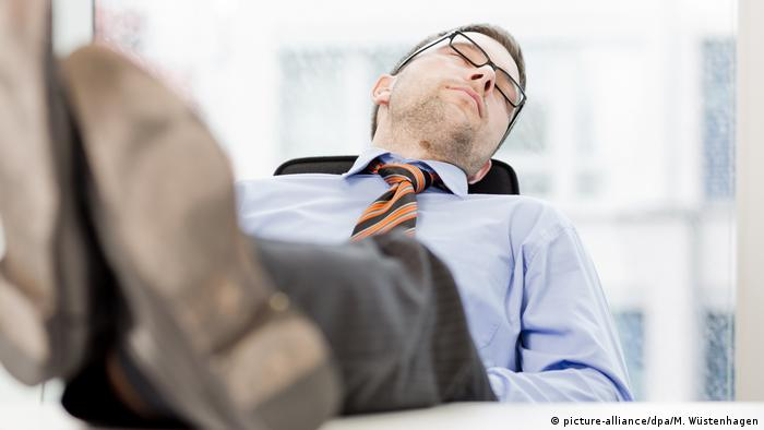 Büroalltag - Stress im Job (picture-alliance/dpa/M. Wüstenhagen)