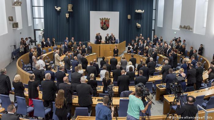 Mainz Landtag gedenkt Altbundeskanzler Helmut Kohl