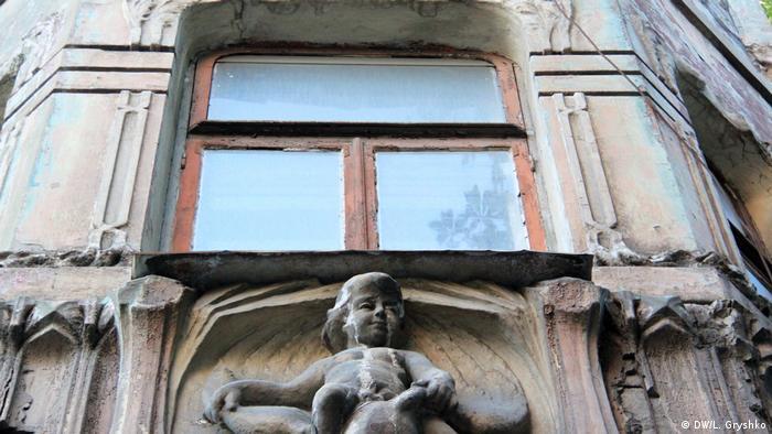 Історичні будівлі нерідко навмисне доводять до стану руїни (DW/L. Gryshko)