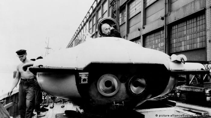 Frankreich Jacques Cousteau und seine Erfindungen (picture-alliance/Everett Collection)