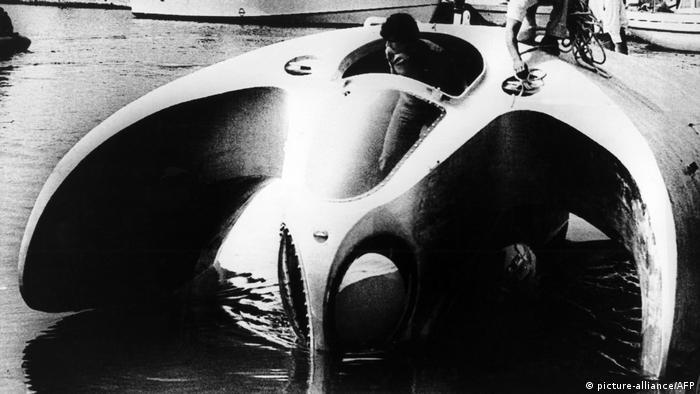 Frankreich Jacques Cousteau und seine Erfindungen (picture-alliance/AFP)