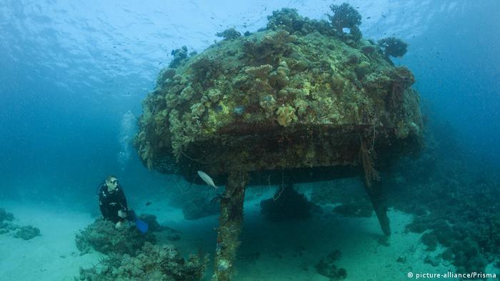 Frankreich Jacques Cousteau und seine Erfindungen (picture-alliance/Prisma)
