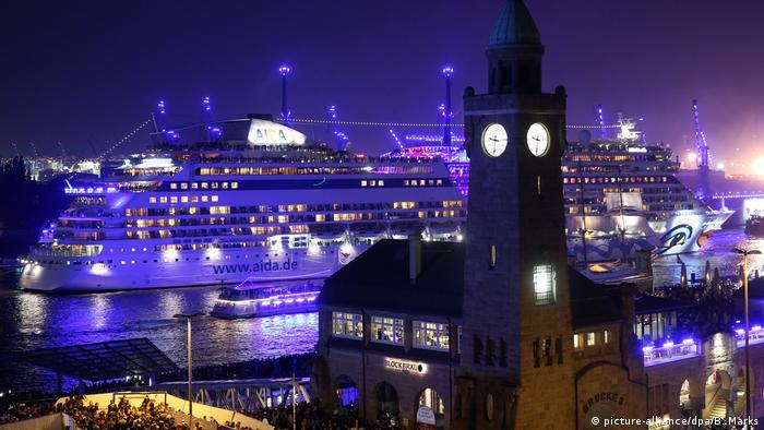 Parade Der Kreuzfahrtschiffe In Hamburg Dw Reise Dw 07092017