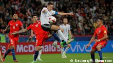 Soccer Football - Germany v Chile - FIFA Confederations Cup Russia 2017 - Group B - Kazan Arena, Kazan, Russia - June 22, 2017 Germany's Julian Draxler in action with Chile's Pablo Hernandez REUTERS/Maxim Shemetov