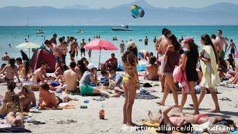 Σε επίπεδα ρεκόρ η τουριστική κίνηση στην Ισπανία