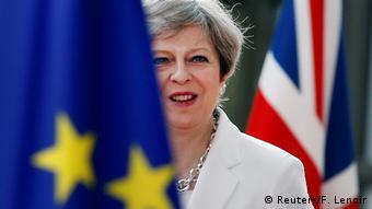 Θετική, αλλά και προς το συμφέρον της Βρετανίας η πρόταση Μέι