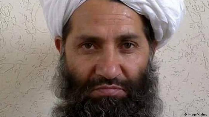 El máximo líder talibán, el mulá Haibatullah, se refirió por primera vez este miércoles al acuerdo firmado en febrero con Estados Unidos como una oportunidad crucial, un logro extraordinario y un instrumento poderoso que puede poner fin a casi dos décadas de guerra en Afganistán. (20.05.2020).