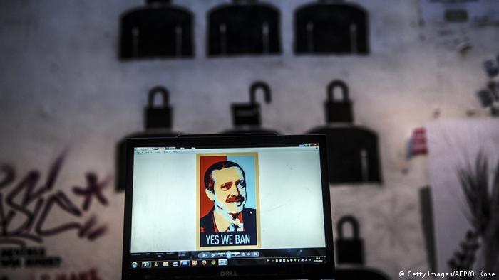 Türkei Erdogan auf Bildschirm