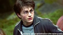 """Daniel Radcliffe no papel de Harry Potter em """"Harry Potter e o Prisioneiro de Azkaban"""", de 2004"""