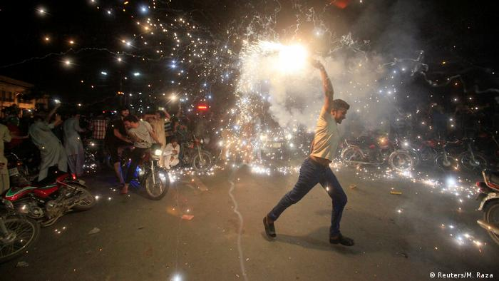 Sparkly celebrations in Lahore after cricket finals