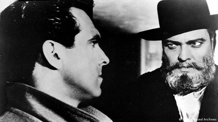 Filmszene aus Mr. Arkadin von Orson Welles mit ihm selbst und einem anderen Darsteller (Imago/United Archives)