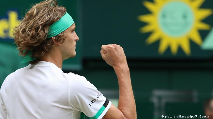 Tennis | ATP Halbfinale in Halle | Alexander Zverev vs. Richard Gasquet (picture-alliance/dpa/F. Gentsch)