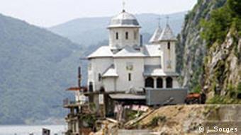Crkva Rumunske pravoslavne crkve - na rumunskoj strani Dunava