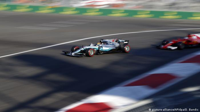 Böses Foul Von Vettel An Hamilton
