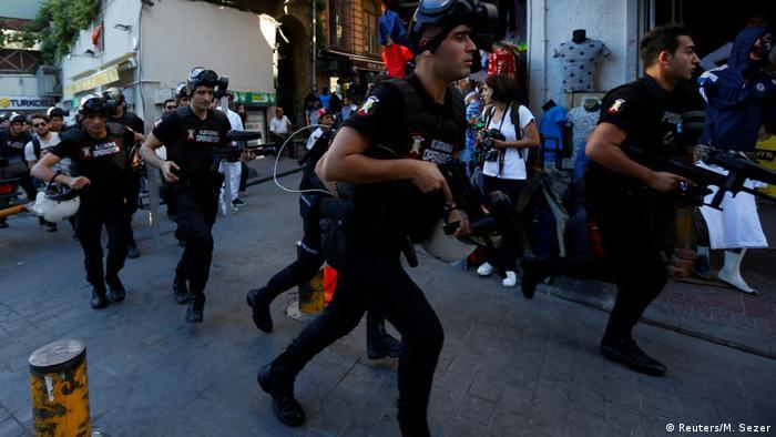 Gummigeschosse gegen Schwule und Lesben in Istanbul
