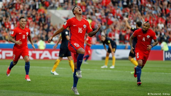 Alemania superó a Camerún (3-1) y terminó como campeona del Grupo B para acceder a las semifinales de la Copa Confederaciones, donde se medirá ante México, mientras Chile, segunda del cuarteto, será el rival de Portugal