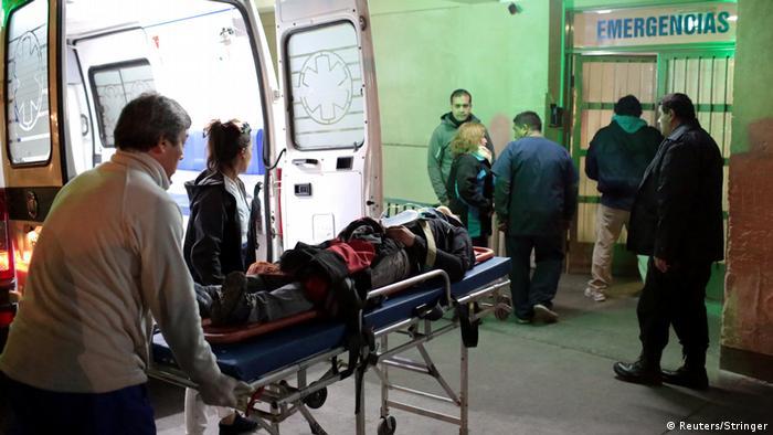 ARGENTINA: Autobús cargado de niños se estrella