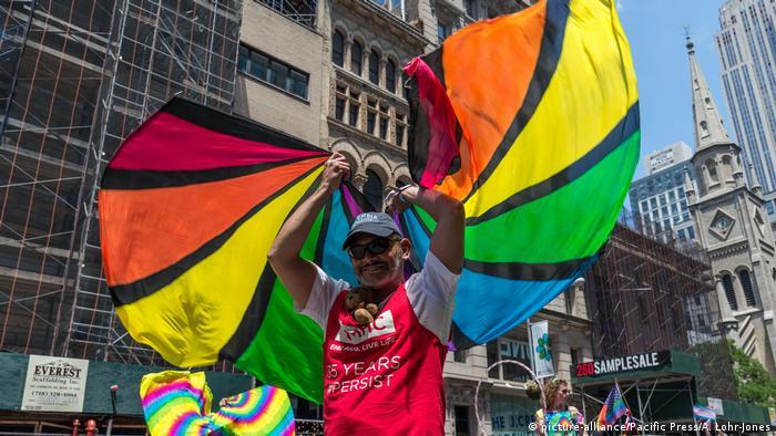 USA Gay Pride in New York (picture-alliance/Pacific Press/A. Lohr-Jones)