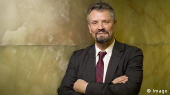 «Η αντιπολίτευση έδειξε στις εκλογές ότι δυσκολεύεται να κατέβει με έναν υποψήφιο» λέει ο Γκέρνο Έλερ.