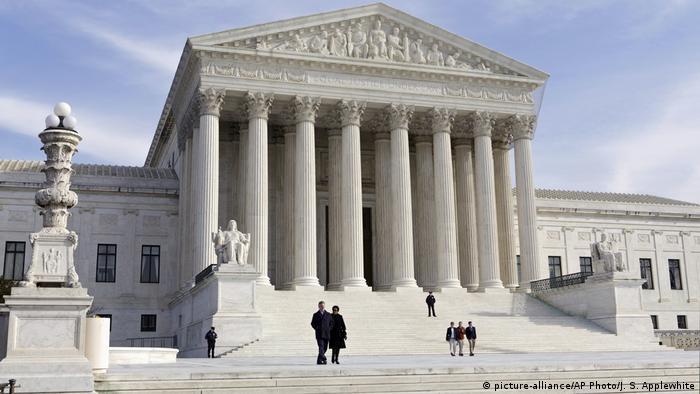 USA Washington Supreme Court (picture-alliance/AP Photo/J. S. Applewhite)