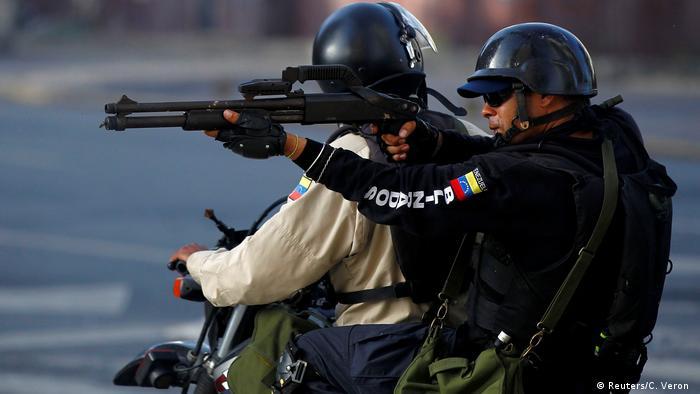 Venezuela Proteste gegen Maduro in Caracas (Reuters/C. Veron )
