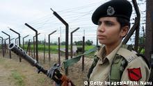 Indien Grenzsoldatinnen an der Grenze zu Pakistan