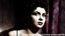 Provinciale, La (1952) Gina Lollobrigida Gemma Foresi (Gina Lollobrigida) fuehrt eine langweilige Ehe mit einem versponnenen Professor. Regie: Mario Soldati , |
