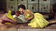 Wenn das Blut kocht, (NEVER SO FEW) USA 1959, Regie: John Sturges, FRANK SINATRA, GINA LOLLOBRIGIDA, Stichwort: Schäferstündchen   Verwendung weltweit