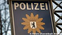 Sign representing the Berlin police (Picture alliance/dpa/D. Naupold)
