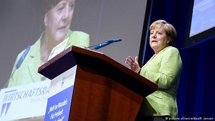 Deutschland Wirtschaftstag des Wirtschaftsrates der CDU | Merkel (picture alliance/dpa/R. Jensen)