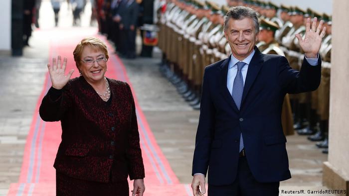 Chile Macri und Bachelet (Reuters/R. GarridoREUTERS)