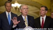 USA PK Mitch McConnell (picture-alliance/CNP/MediaPunch/R. Sachs)