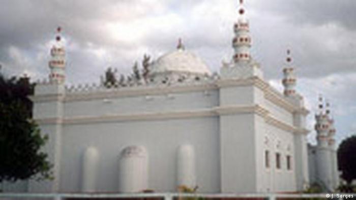 Mosambik Land und Leute Hafenstadt Inhambane Moschee