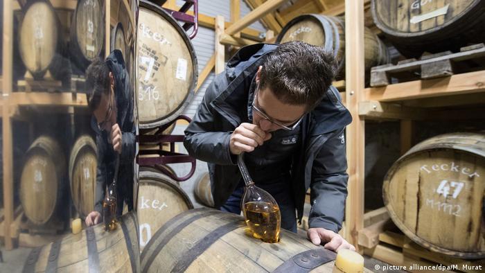 Deutschland Schwäbischer Whisky (picture alliance/dpa/M. Murat)