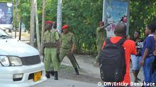 Tansania Polizei auf Straße
