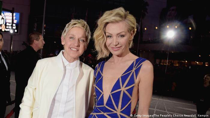 Ellen deGeneres und Portia de Rossi bei den Peoples Choice Awards 2015 in Los Angeles (Foto: Getty Images/The People's Choice Awards/J. Kempin)