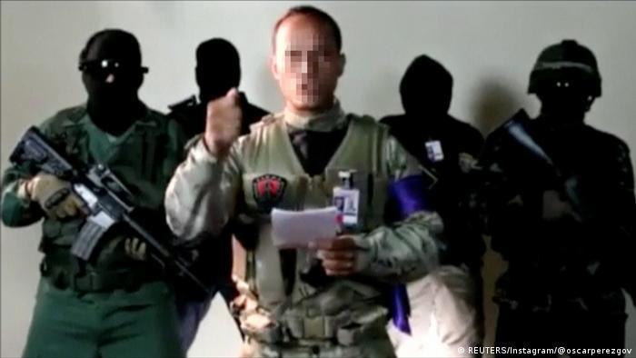 Polizeipilot Oscar Perez verkündet Statement (REUTERS/Instagram/@oscarperezgov)