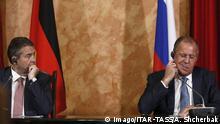 Russland Krasnodar - Sigmar Gabriel und Sergei Lavrov bei Pressekonferenz