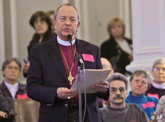 پدر روحانی وی جین رابینسون، اسقف همجنسگرا