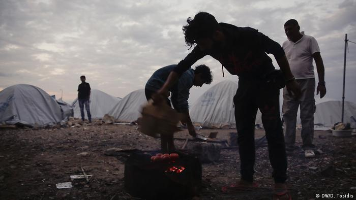 Griechenland - Die Flüchtlingslage auf Chios (DW/D. Tosidis)
