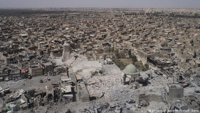 Irak Al Nuri Moschee in Mossul Zerstörung (picture-alliance/AP Photo/F. Dana)