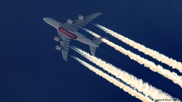 Condensation trails from an Airbus A380