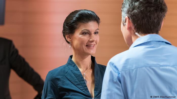 Sahra Wagenknecht im DW Interview Jaafar Abdul-Karim Ines Pohl (DW/R.Oberhammer)